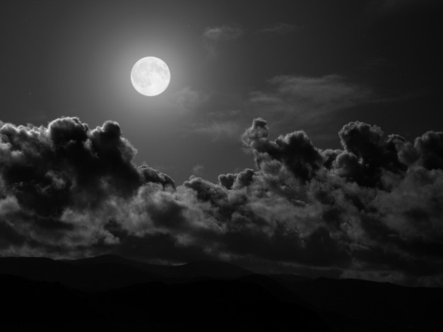 Night-Sky-with-Clouds-Natural-HD-Wallpaper